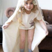 babyhanddoek-met-capuchon-100x100cm-Boweevil- FeelingGoods