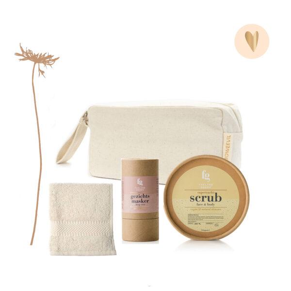 Cadeaupakket scrub, gezichtsmasker, toilettas, gezichstdoekje - Feeling Goods
