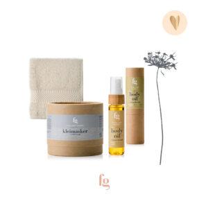 cadeaupakket-kleimasker, body oil en gezichtsdoekje-Feeling Goods